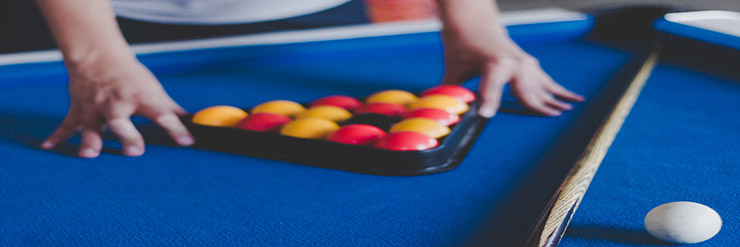 Can You Use a Snooker Cue for English Pool